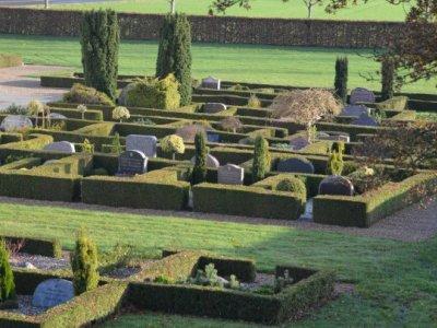 Pynt til kirkegården